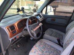 Bán chiếc Suzuki Wagon 2005 số sàn, màu xanh