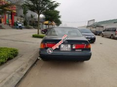 Cần bán xe Toyota Camry 2.2 GLI năm sản xuất 2001, nhập khẩu chính chủ, giá chỉ 238 triệu