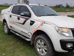 Cần bán Ford Ranger 2014, màu trắng xe gia đình