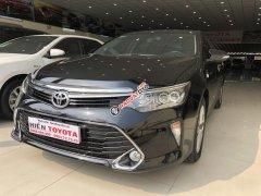Bán xe Toyota Camry 2.5Q sản xuất 2018, màu đen