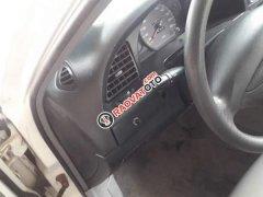 Cần bán Daewoo Nubira đời 2003, màu trắng, xe nhập giá cạnh tranh