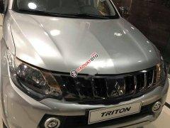 Bán ô tô Mitsubishi Triton 4x2 AT sản xuất năm 2018, màu bạc, nhập khẩu nguyên chiếc, máy dầu 1 cầu