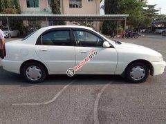 Bán ô tô Daewoo Lanos năm sản xuất 2002, màu trắng chính chủ giá cạnh tranh