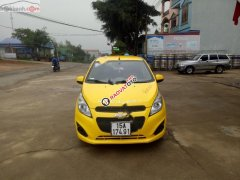 Cần bán xe Chevrolet Spark LT 1.0 MT đời 2015, màu vàng