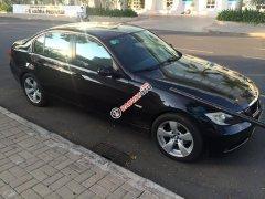Bán xe BMW 320i 2008 số tự động, màu đen, long lanh