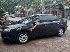 Cần bán xe Ford Focus 1.8MT sx 2009, màu đen, chính chủ làm công chức chạy ít, xe còn mới 95%, giá 265triệu