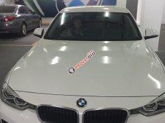 Bán gấp BMW 3 Series đời 2015, màu trắng, xe nhập
