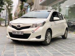 Bán xe Toyota Yaris SE SX 2015, màu trắng, nhập khẩu LH E Hương 0945392568