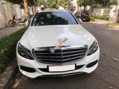 Chính chủ bán Mercedes C250 Exclusive đời 2018, màu trắng/kem, giá tốt
