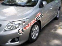 Bán Toyota Corolla altis sản xuất năm 2010, màu bạc còn mới, giá 410tr