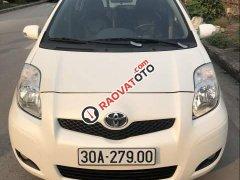 Bán Toyota Yaris đời 2010, màu trắng, nhập khẩu Nhật Bản chính chủ