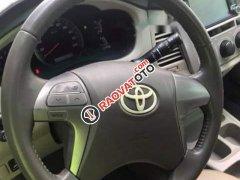 Cần bán lại xe Toyota Innova đời 2012, màu bạc số tự động, giá chỉ 485 triệu