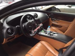 Gia đình bán Jaguar XJ series L năm 2013, màu đen, xe nhập