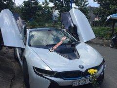 Cần bán lại xe BMW i8 đời 2014, màu trắng xe nhập