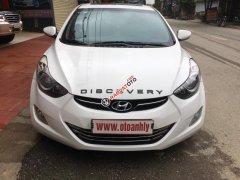 Cần bán Hyundai Avante sản xuất năm 2010, màu trắng, nhập khẩu