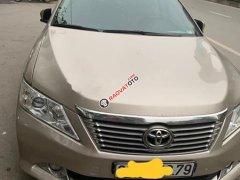 Bán ô tô Toyota Camry sản xuất 2014 chính chủ