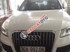 Cần bán lại xe Audi Q5 2.0 AT sản xuất 2014, màu trắng, xe nhập