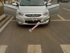 Bán Hyundai Accent sản xuất 2014, màu bạc, xe nhập