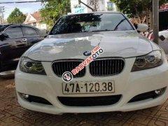 Bán BMW 325i 2011, màu trắng, nhập khẩu, 585 triệu