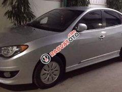 Gia đình bán lại xe Hyundai Avante 2015, màu bạc