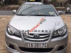 Bán gấp Hyundai Avante sản xuất 2015, màu bạc