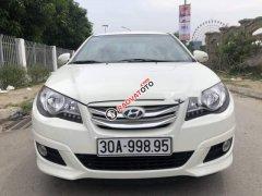 Bán Hyundai Avante 2016, màu trắng, xe gia đình