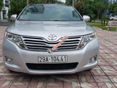 Cần bán xe Toyota Venza năm 2009, màu bạc, nhập khẩu