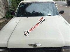 Cần bán xe Toyota Crown đời 1982, màu trắng, nhập khẩu nguyên chiếc, xe gia đình, giá 29.5tr