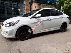 Bán Hyundai Accent đời 2012, màu trắng, xe nhập Hàn Quốc