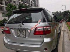 Bán Toyota Fortuner G 2010, màu bạc chính chủ