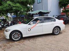 Cần bán xe BMW 3 Series 320i 2011, màu trắng, nhập khẩu, giá 485tr