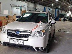 Bán Subaru Forester 2.0XT 2014, màu trắng, xe nhập, chính chủ