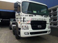 Cần bán Hyundai Trago đời 2019, màu trắng, xe nhập