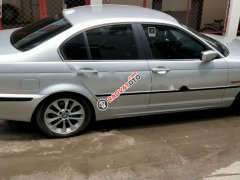 Bán xe BMW 325i sx 2003, số tự động, máy xăng, màu bạc, nội thất màu đen, xe nhập khẩu