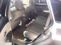 Cần bán Toyota Venza đời 2009, màu bạc, nhập khẩu nguyên chiếc, xe gia đình