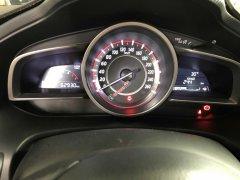 Cần bán lại xe Mazda 3 sản xuất 2017, màu trắng ít sử dụng giá 584 triệu đồng