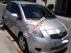 Gia đình bán Toyota Yaris 1.3 AT đời 2007, màu bạc