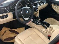 Cần bán xe BMW 3 Series 320i năm sản xuất 2018, xe nhập