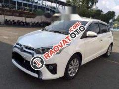 Bán Toyota Yaris đời 2017, màu trắng, nhập khẩu