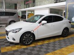 Cần bán xe Mazda 2 1.5AT đời 2017, màu trắng