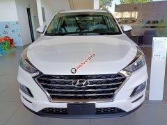 Cần bán Hyundai Tucson đời 2019, màu trắng, nhập khẩu