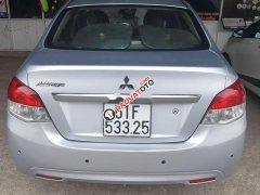 Cần bán Mitsubishi Attrage năm sản xuất 2015, màu bạc, nhập khẩu