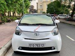 Bán Toyota IQ năm 2009, màu trắng, xe nhập
