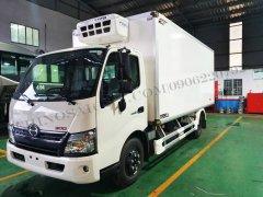Xe tải Hino 2020 3.49 tấn thùng đông lạnh 5m