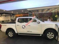 Cần bán gấp Nissan Navara đời 2016, màu trắng, xe nhập chính chủ, 555tr