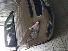 Cần bán Chevrolet Cruze đời 2016, màu vàng, xe gia đình