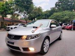 Cần bán lại xe Kia Forte năm 2010, màu bạc, chính chủ