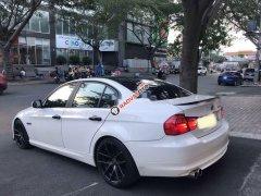 Cần bán gấp BMW 3 Series sản xuất năm 2010, màu trắng, xe nhập chính chủ