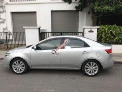 Cần bán xe Kia Forte sản xuất 2013, màu bạc xe nguyên bản