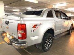 Cần bán lại xe Chevrolet Colorado sản xuất 2017, màu bạc xe nguyên bản